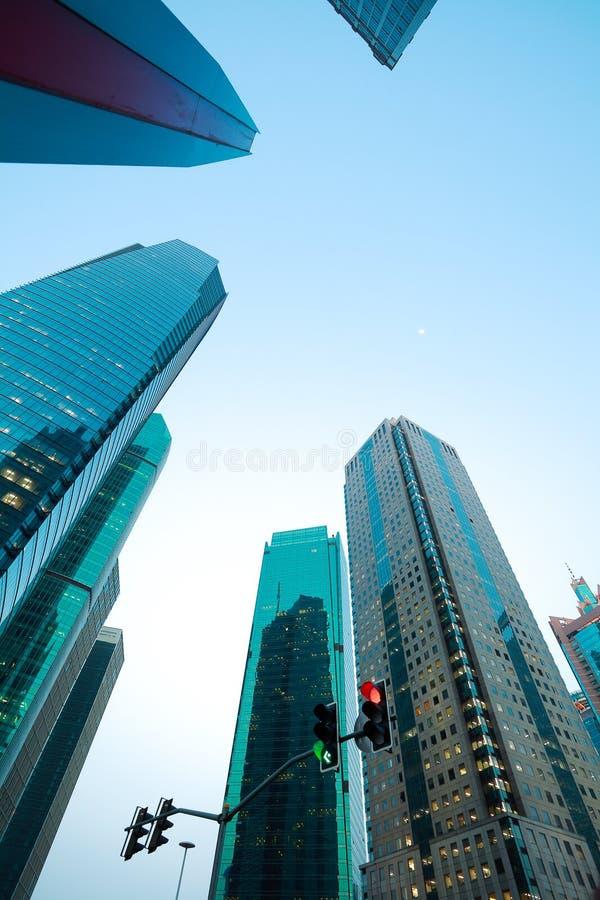 Regard- les milieux modernes de bâtiments de ville de Changhaï photographie stock