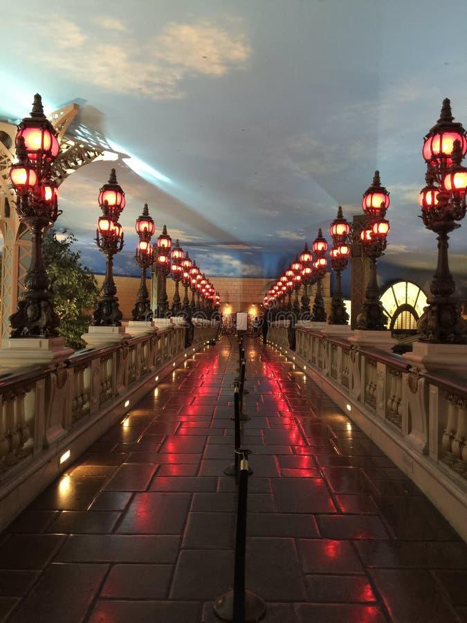 Regardez du pont d'Alexandre II à l'intérieur de l'hôtel de Paris BT image stock