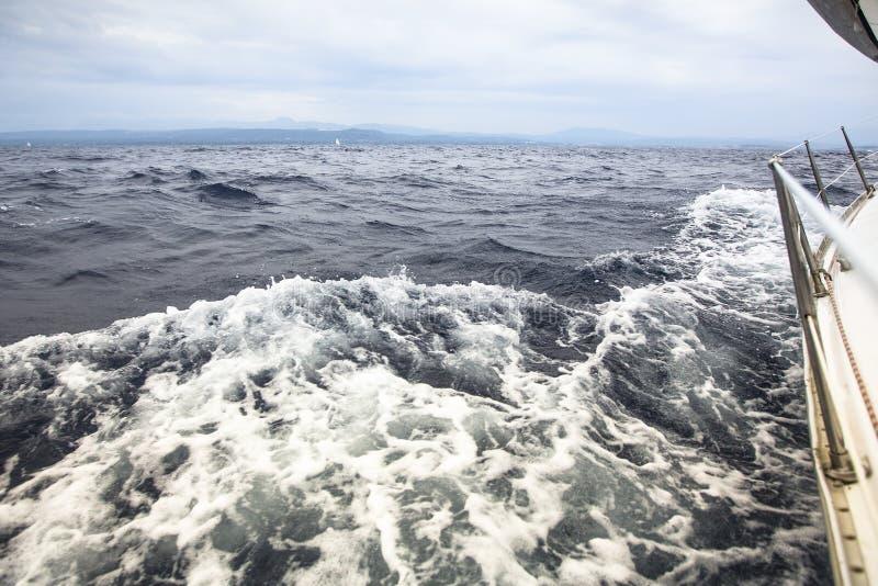 Regata de la navegación en el mar abierto yachting Viajes imagen de archivo