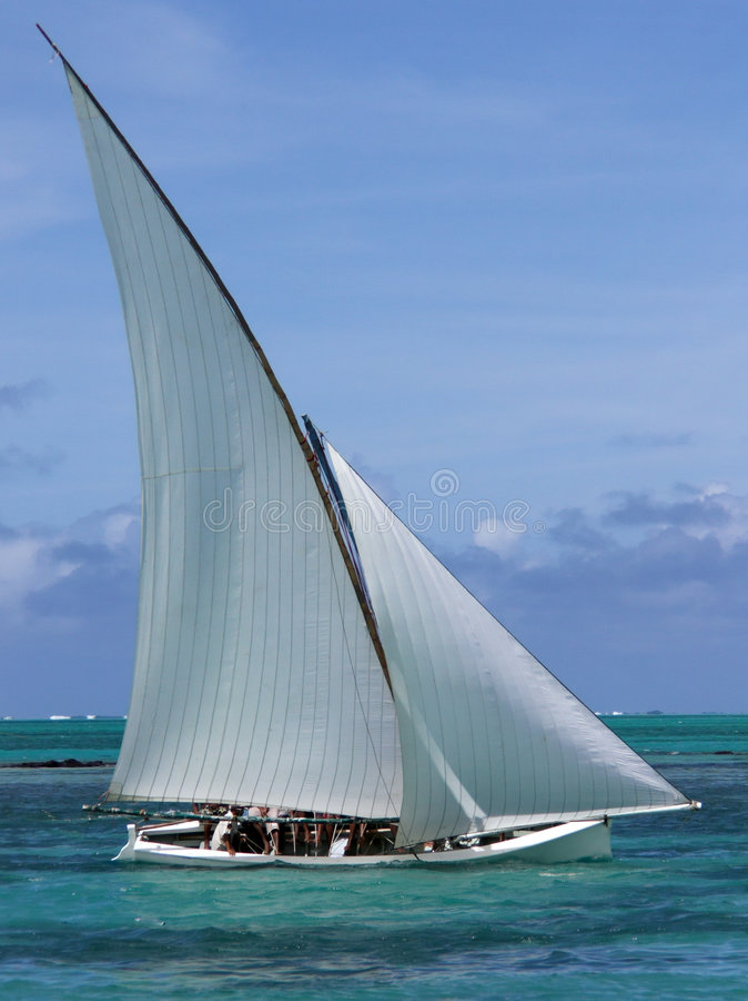 regatta 2 βαρκών στοκ φωτογραφία με δικαίωμα ελεύθερης χρήσης
