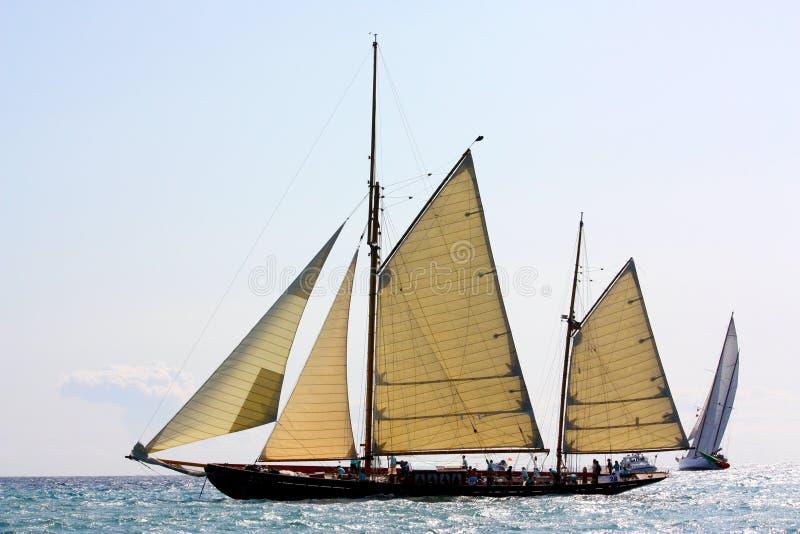 Regatta antique de bateaux de navigation photo stock