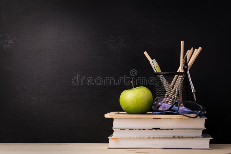 Regeling van diverse schoollevering royalty-vrije stock afbeeldingen