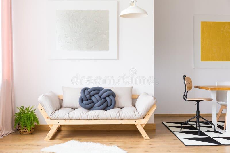 In regeling van modern meubilair royalty-vrije stock afbeeldingen