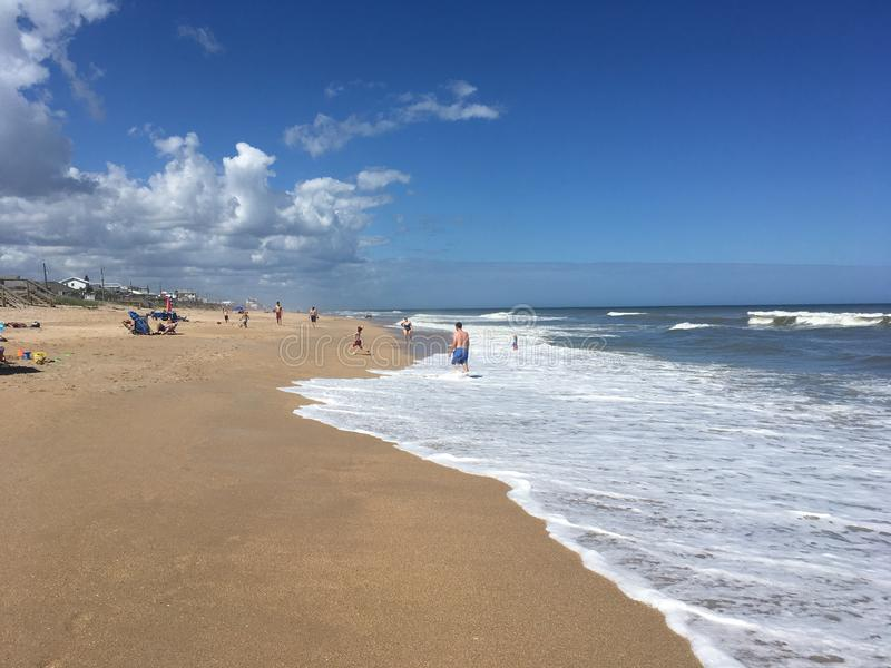 Regelmatige dag bij het strand royalty-vrije stock afbeeldingen
