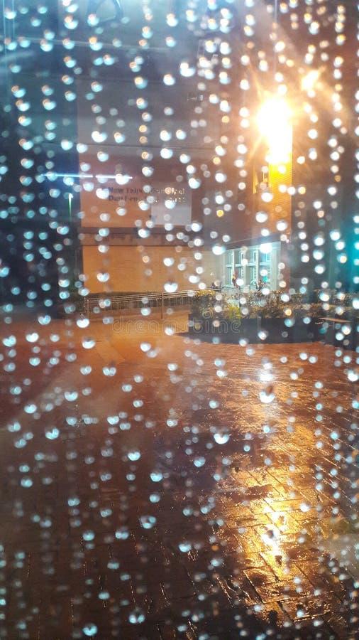 Regen lizenzfreie stockfotografie