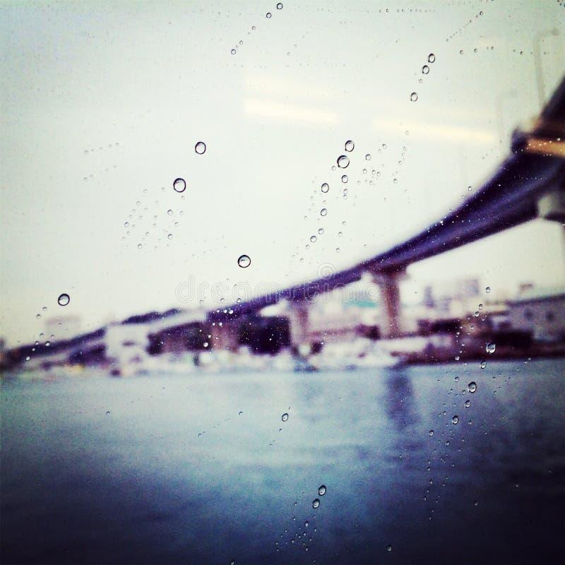 Regen en brug 2 royalty-vrije stock afbeelding