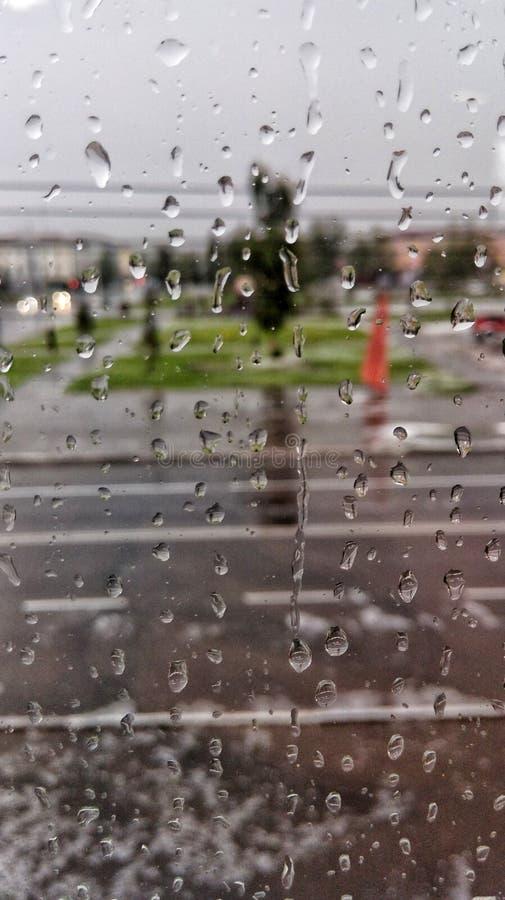 Regen en sity royalty-vrije stock afbeeldingen