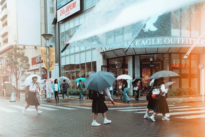 Regen in Tokyo stock afbeelding