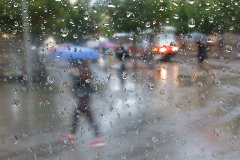 Regenachtig weer in stad Brno stock foto's