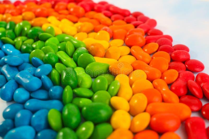 Regenbogen von Süßigkeiten stockfotografie
