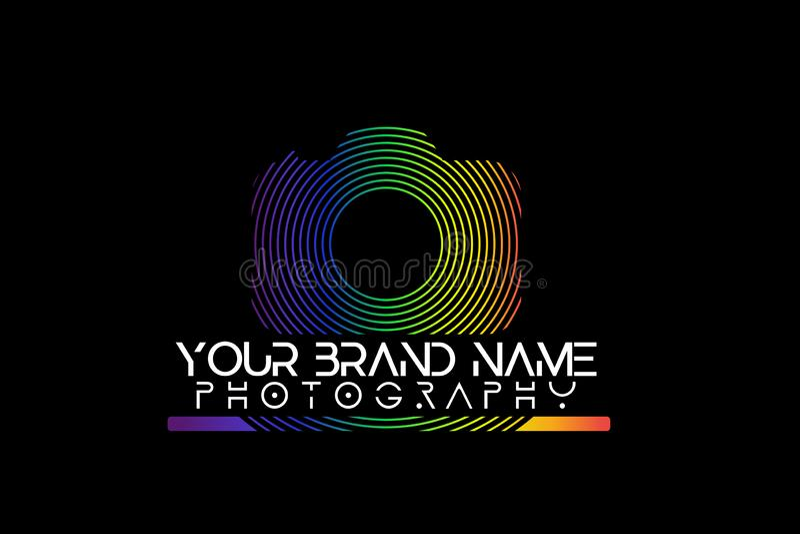 Regenbogenkameralogo auf schwarzem Hintergrund lizenzfreie abbildung