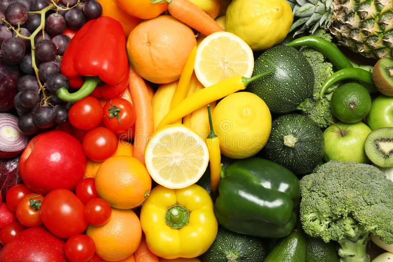 Regenbogensammlung reife Obst und Gemüse lizenzfreie stockfotografie