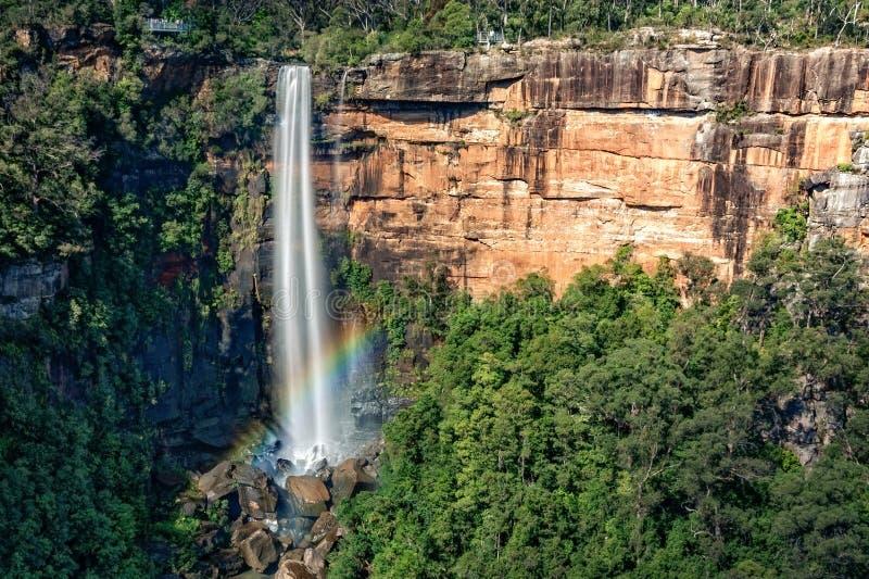 Regenboog bij Fitzroy-Dalingen - NSW, Australië royalty-vrije stock foto
