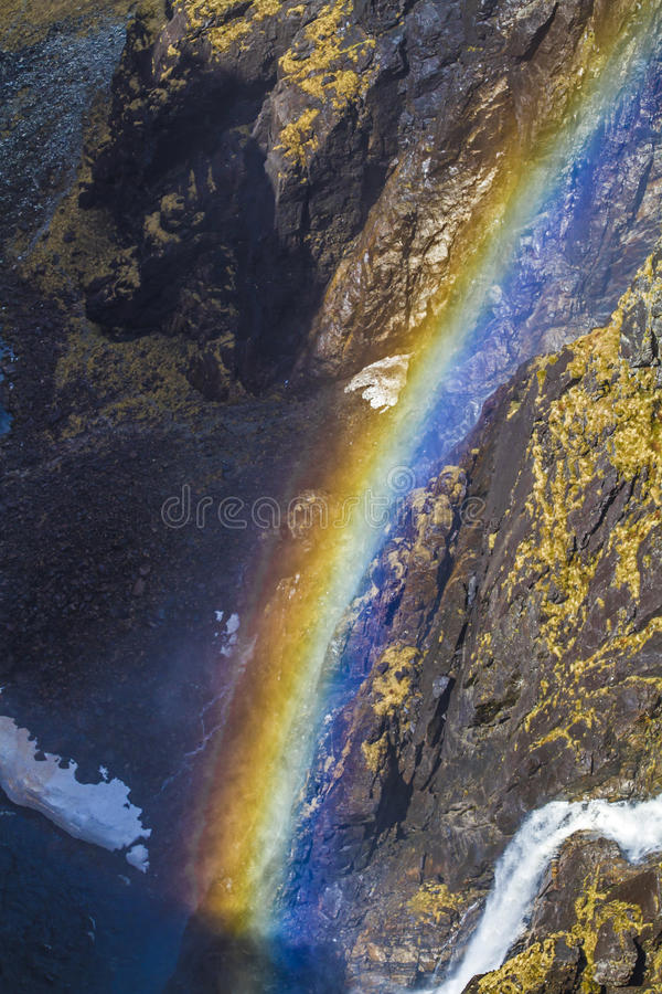 Regenboog bij waterval royalty-vrije stock fotografie