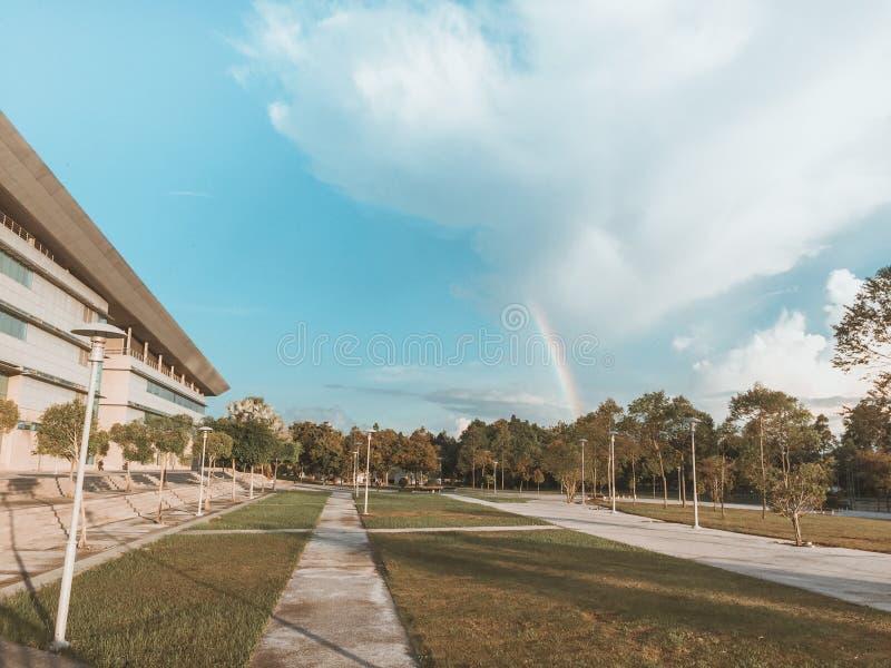 Regenboog en hemel royalty-vrije stock foto's