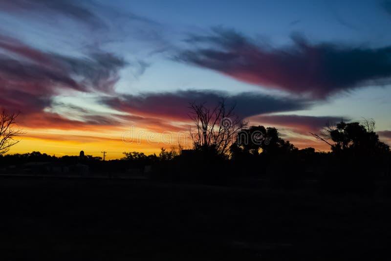 Regenboog Hue Sunset in Colorado stock foto