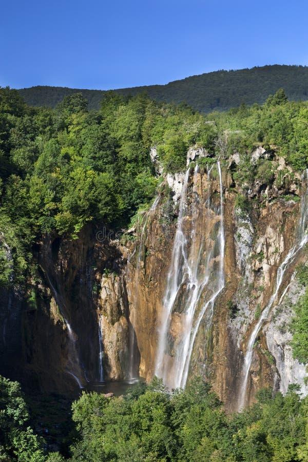 Regenboog in park Plitvice van Kroatië royalty-vrije stock afbeelding