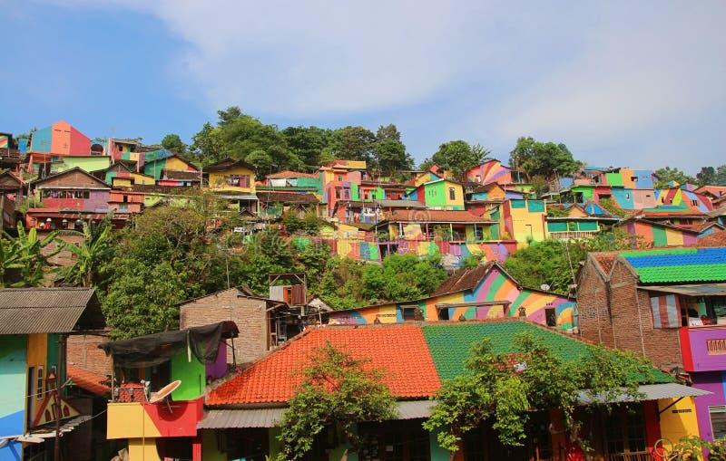 Regenboogdorp Semarang stock foto's