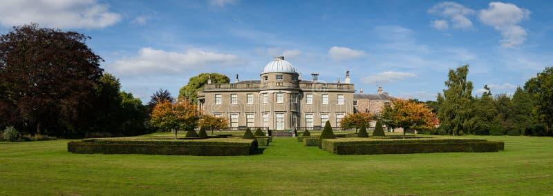 Regencyjny dom na wsi Anglia - UK - Dostojny dom - obrazy stock