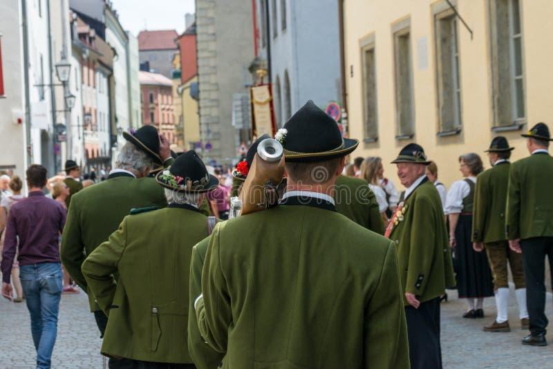 Regensburg, Alemania, el AMI 10, 2018, procesión de Maidult en Regensburg, Alemania imagen de archivo libre de regalías