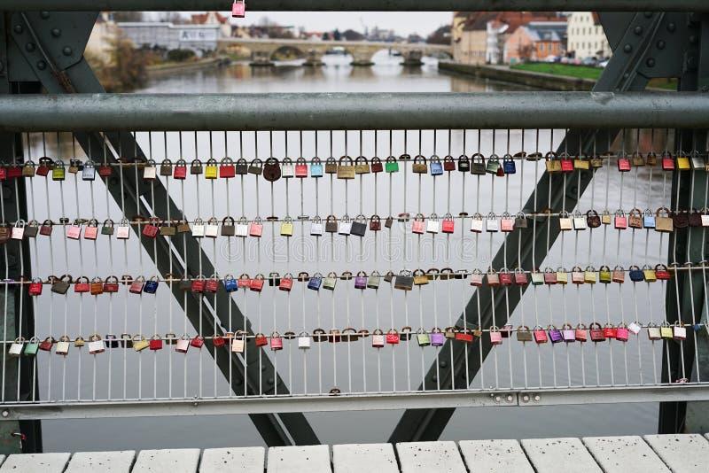 regensburg bridżowy kamień fotografia stock