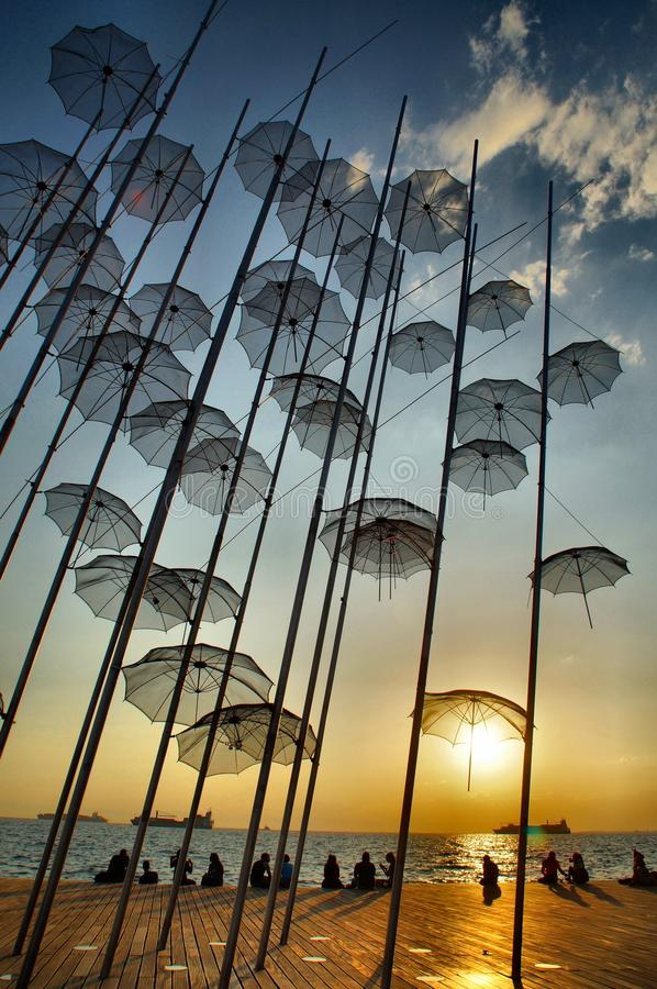 Regenschirme, Saloniki lizenzfreies stockbild