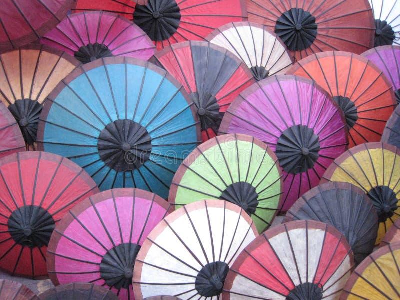 Regenschirme von Laos lizenzfreie stockbilder
