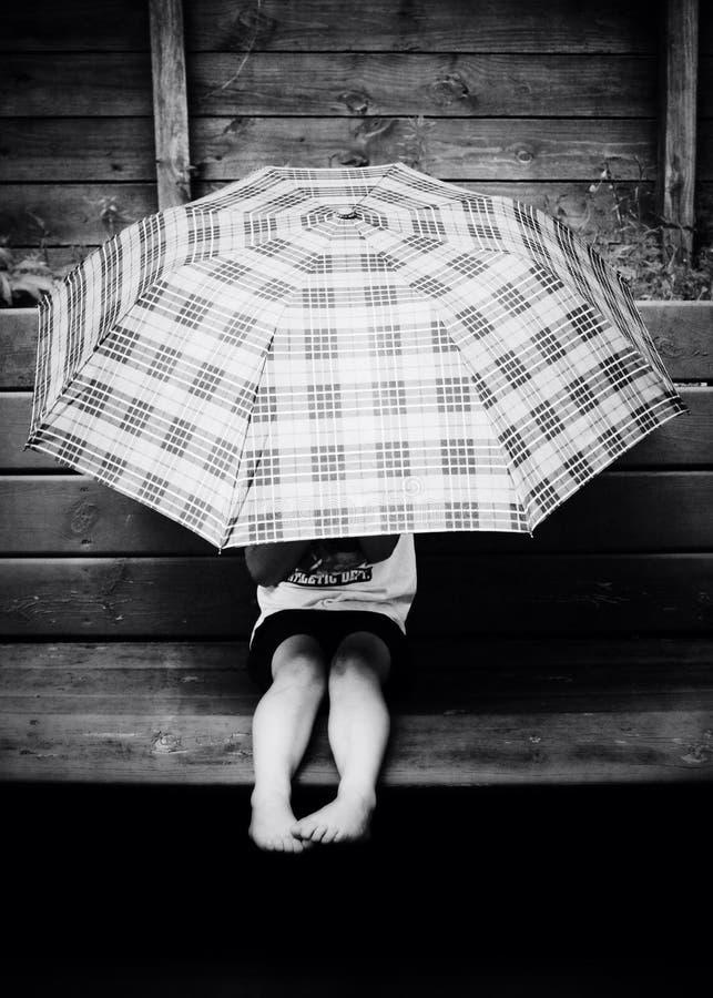 Regenschirmschatten stockfoto