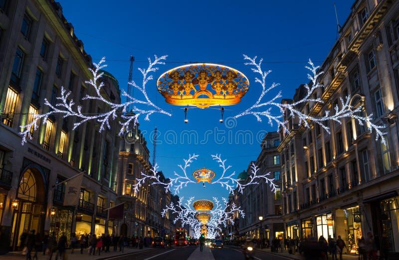 Regent Street Christmas tänder 2013 royaltyfri foto