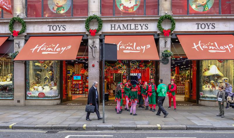 Regent Street, Londres, Reino Unido - 5 de diciembre de 2017: Cristo imagenes de archivo