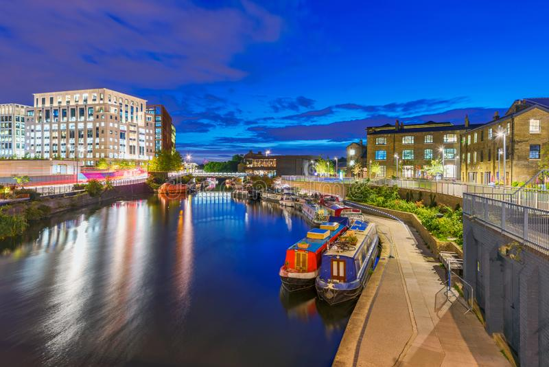 Regents Canal night view in Kings Cross royalty free stock photos