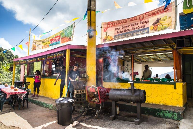 Regenwald Puerto Rico Lebensmittel-Stand-EL Yunque stockfotos