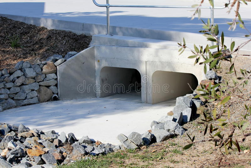 Regenwaterdrainage stock fotografie