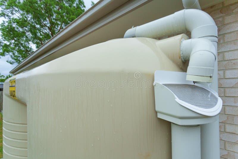 Regenwatertank stock afbeelding