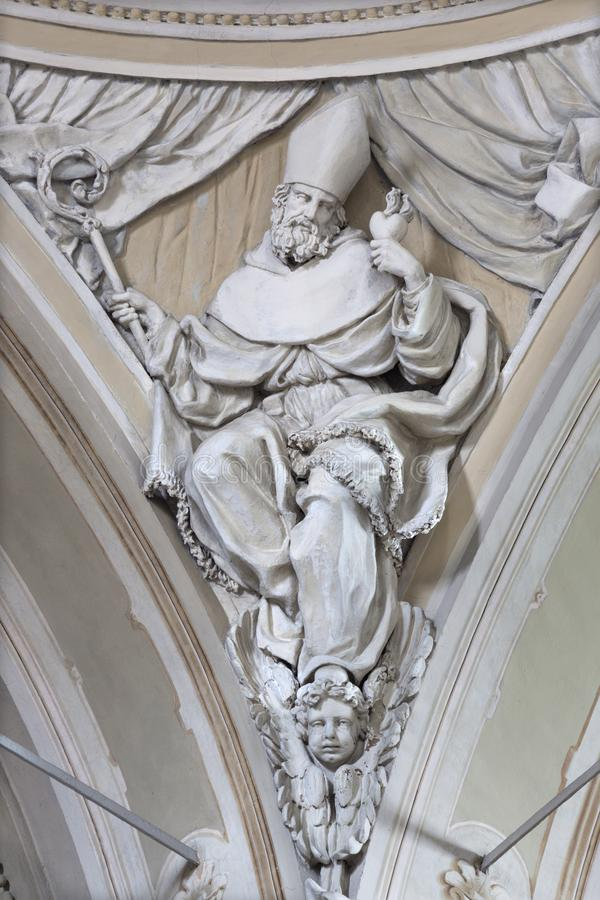 REGGIO EMILIA, ИТАЛИЯ: Сброс Августина Блаженного доктор западной католической церкви в церков Chiesa di Сан Agostino стоковое изображение rf