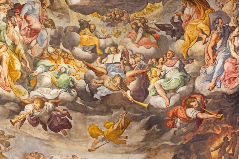 REGGIO EMILIA, ITALIË - APRIL 12, 2018: Het detail van Laatste Oordeelfresko in hoofdapsida van kerk Basilica Di San Prospero stock fotografie