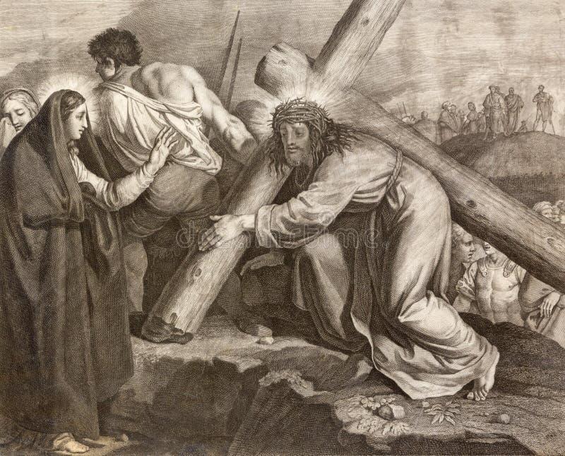 REGGIO EMILIA, ITALIA - 12 DE ABRIL DE 2018: La litografía Jesús resuelve su manera cruzada de la madre en los di Santo Stefano d foto de archivo libre de regalías