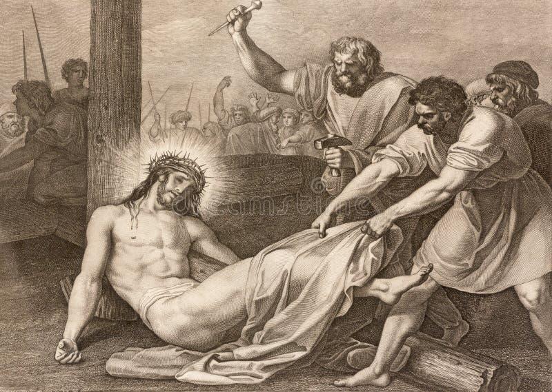 REGGIO EMILIA, ITALIA - 12 DE ABRIL DE 2018: La litografía Jesús se clava a la manera cruzada cruzada en los di Santo Stefano de  fotografía de archivo