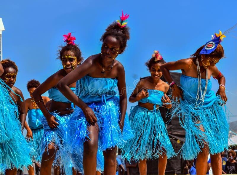 Região autônoma de mostra cultural de Bougainville Crianças de Papuásia-Nova Guiné Grupo original da cultura imagens de stock