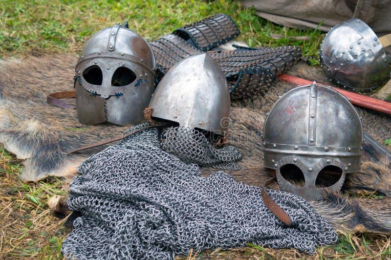 Regimentals do cavaleiro medieval imagem de stock