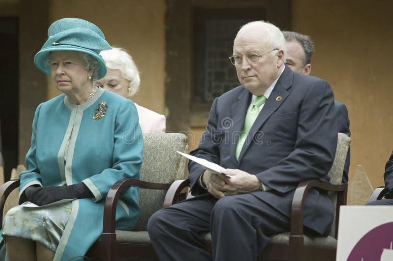 Regina Elizabeth II e Dick Cheney di Sua Maestà fotografie stock