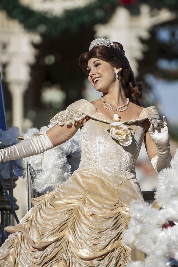 Reginetta del ` s di Disney durante la parata di natale nel regno magico fotografia stock libera da diritti