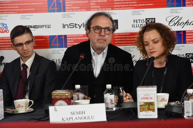 Regisseur Semih Kaplanoglu bij persconferentie royalty-vrije stock afbeelding