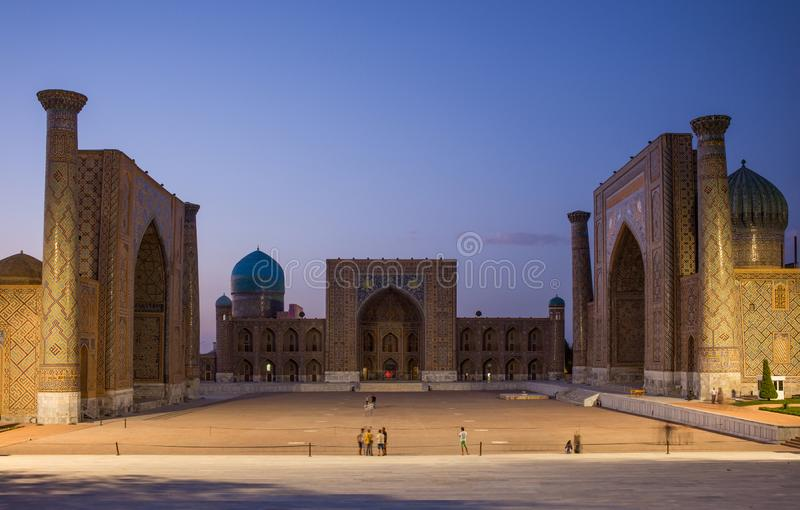 Registan kwadrat przy Samarkand, Uzbekistan zdjęcia stock