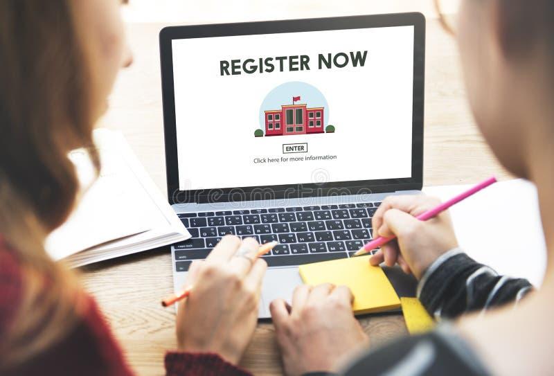 Register nu e-Leert het Concept van de Onderwijswebsite stock afbeeldingen