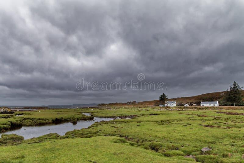 Regnerischer Herbsttag in den schottischen Hochländern stockfotos