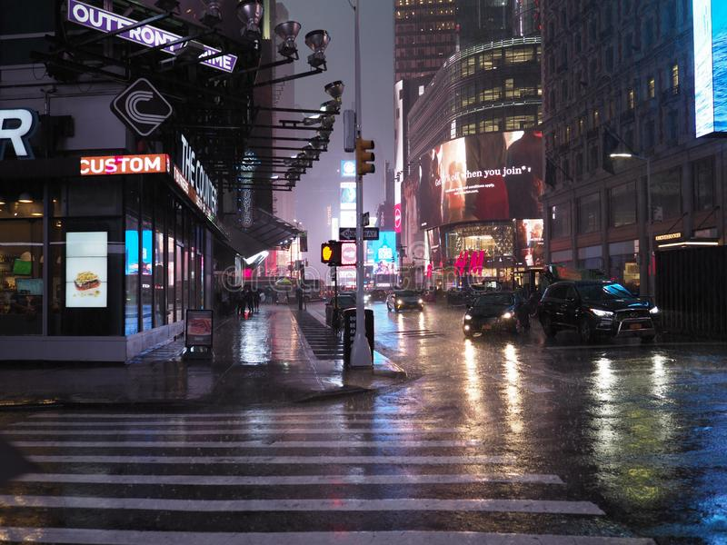 Regnerischer New- Yorkabend stockbilder