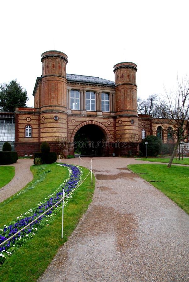 Regnerisches Schloss lizenzfreie stockbilder