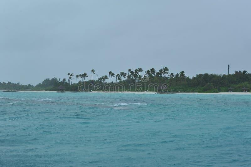 Download Regnig dag på Maldiverna fotografering för bildbyråer. Bild av maldive - 27277261