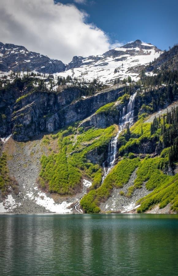Regnig Lake fotografering för bildbyråer